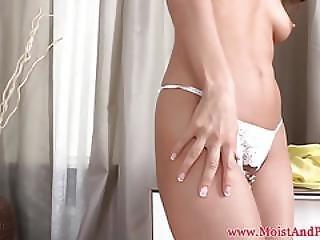 anal, bonasse, clito, zoom, gode, éjaculation, éjaculation féminine, tâlons, juteux, masturbation, collants, pompée, chatte, pussypump, frotter, solo, jet de mouille, taillée