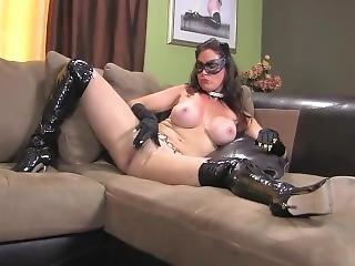 Catwoman Jerk Off Encouragement