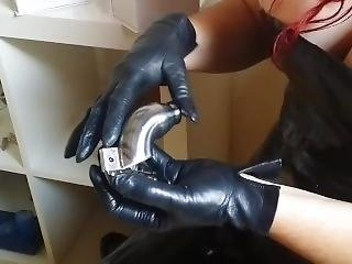 Touch Of Fine Black Soft Leather Gloves