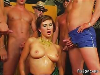 Squad: Cum And Pee On The Czech Pornstar Tatiana