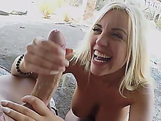 rompe, stor rompe, blond, blowjob, brystet, bil, par, krem, creampie, garasje, utenførs, penetrering, sex