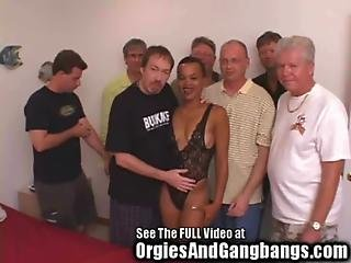 Hot Ebony Milf Gangbanged By 7 Big Dick Havin Whiteboys
