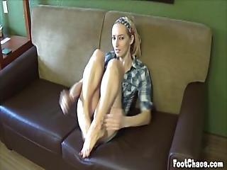 amatorski, blondynka, stopy, fetysz, stopa, dżinsy, modelka, bez nagości, nago, drobna, punkt widzenia, kult