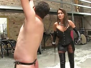 Bbw mistress in leather licked a man slave in bdsm