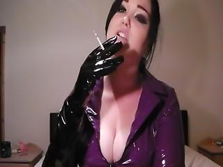 Macht MEGA smoking fetish sex tubes very hot