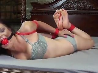 Brunette Milf Tied On Bed