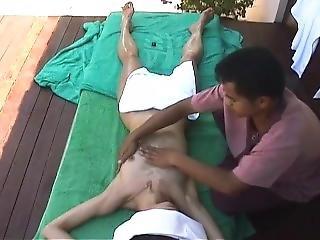 Massage Hidden Cam / Masaje C�mara Espia