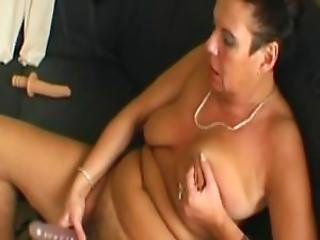 Horny And Mature Julia Reaves