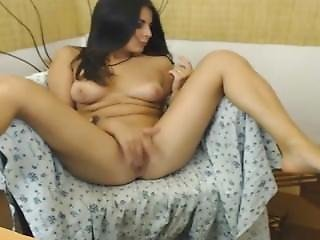 Latina Webcam Babe Spreads And Fucks Her Pussy