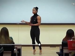 Korean Fbb Professor - Posing Lesson
