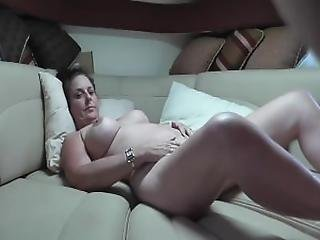 brunette, krem, creampie, kneppe, missonær, nabo, hustru