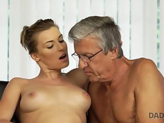 vieil homme gay sexe pic jeune chatte rasée porno