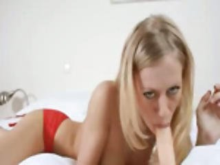 Blondie Plays With Sexy Dildo On The Bigbed