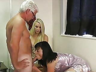 Teens Blowjob Old Man In Bedroom