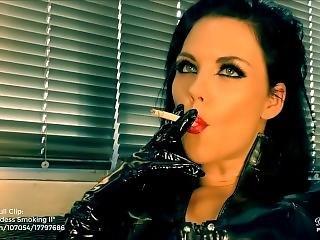 Young Goddess Kim - Latex Goddess Smoking