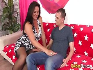 Mature Woman Leylani Wood Has Good Sex