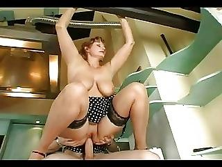Mom Takes Huge Cream At Home