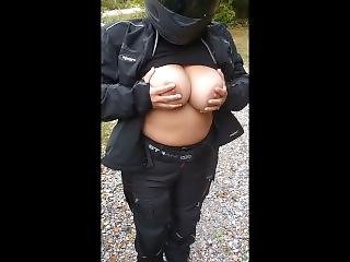 Wife Flashes Tits