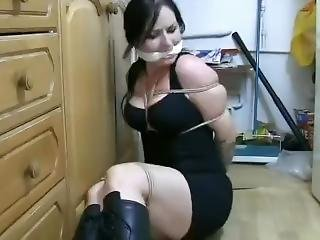 Sexy Damsel Cleave Gagged