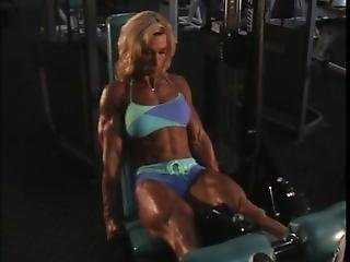 Valentina Chepiga The Muscle Whore In The Gym_5