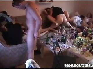 Awesome Orgy (buenas Org�as)