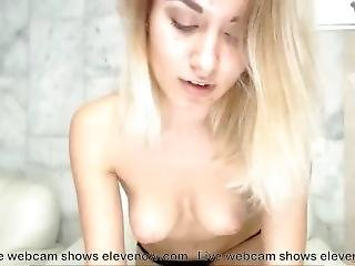 Hot Blonde Show Her Body And Ass On Webcam