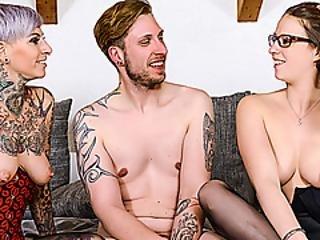 anal, luder, blasen, ficken, deutsch, hacken, unterwäsche, sex, strumpf, tätowierung, dreier