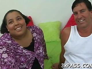 Mature Fatty Loves To Feel Fat Rods Stuffing Her Juicy Pussy