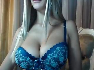 Find6.xyz Amateur Barrrbi Flashing Pussy On Live Webcam