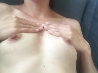 Games Tits