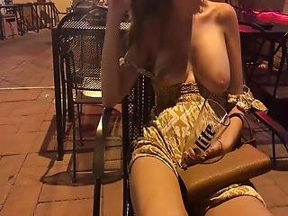 Friends Gf More Vacation Flashing 5