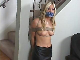 Squirting interracial girlfriend pigtails