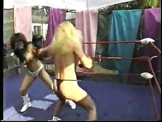 Topless Fighting 227