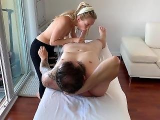Amazing European Teen Massage Therapist With A Perfect Happy Ending