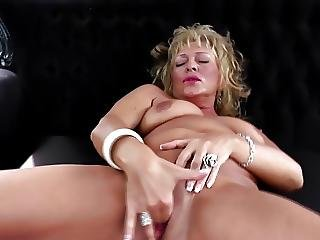 Real Mature Mother With Hungry Vagina