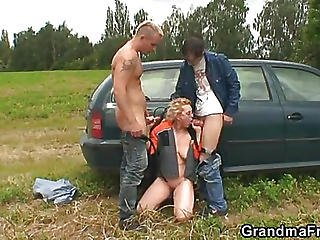 Fucking The Mature Blonde Babe Outside