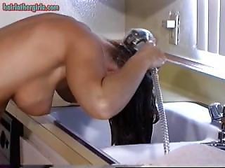 morena, fetishe, cozinha, cabelo comprido