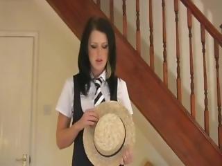 British Schoolgirl Wants You To Wank For Her