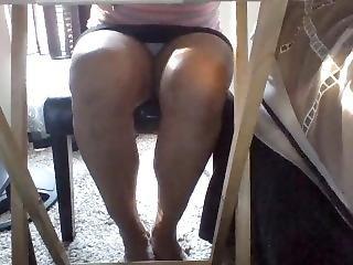 Secret Upskirt Of Latina