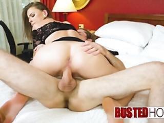 babe, sexando, pene grande, blowjob, morena, vaca, doggystyle, pornstar, riding, tetas pequeñas, chupando, tatoo, Adolescente