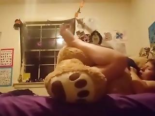 Jasmine Fucks Her Teddy Bear Till She Cums