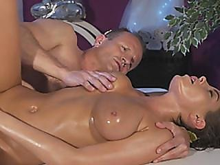 Magnificent Big Titted Babe Got Her Pussy Screwed After Hot Oily Massage
