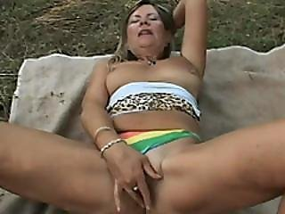 Sexy Granny Samantha Loves Having Passionate Outdoor Sex
