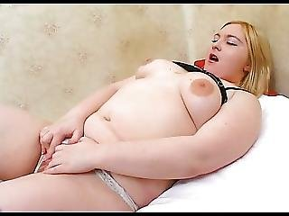Cute Hot Fat Chubby Teen Getting Wet Creamy Pussy Licked 1