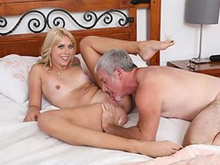18yo Chick Fucked Hard By An Old Guy