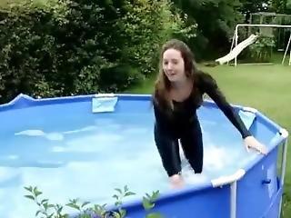 Wetlook Girl In Pool