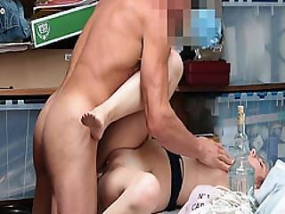 Hayden Hennessy Got Her Stretched Pussy Railed