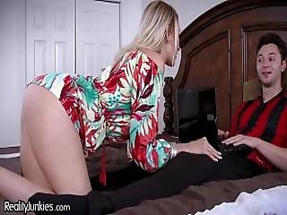 Best Friends Cougar Mom Is Starving For My Cock