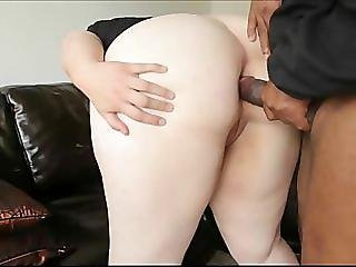 Amateur BBW takes a hard cock up her anus