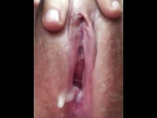 Pee And Wet Pussy